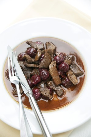vaccinium macrocarpon: Chopped venison with cranberry sauce