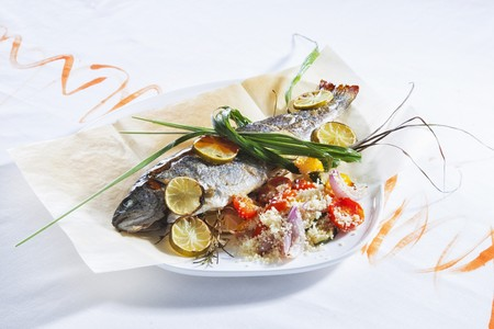 salmo trutta: Fried trout with couscous salad LANG_EVOIMAGES