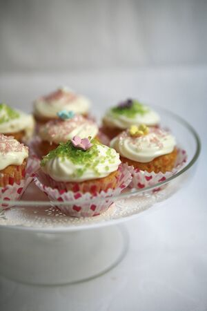 doiley: Spring cupcakes