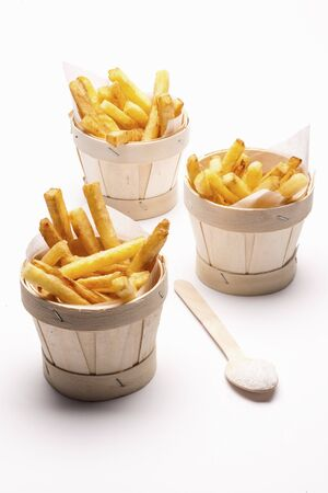 side order: Chips in mini wooden buckets LANG_EVOIMAGES