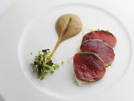tunafish: Slices of tuna with mustard and cress