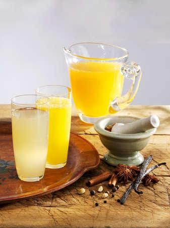 melba: Varios limonadas (manzana con especias, naranja y especias melba melocotón)