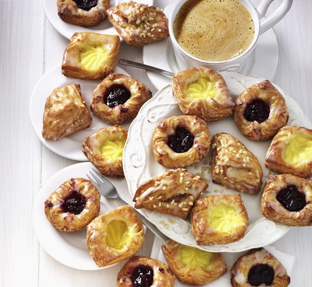 danish puff pastry: Various Danish pastries served with coffee LANG_EVOIMAGES