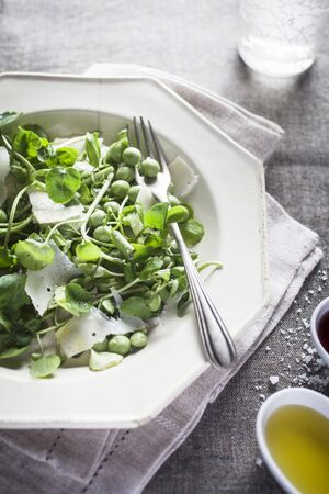 water cress: Watercress salad with peas and Parmesan