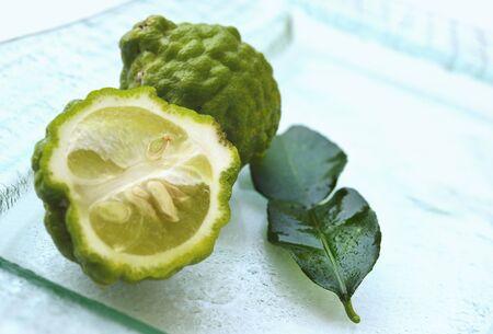 kafir lime: Kaffir limes from Thailand