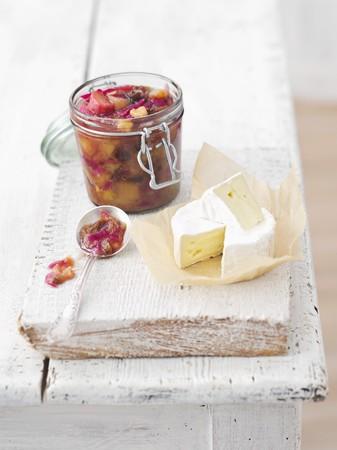 chutney: Camembert with rhubarb chutney
