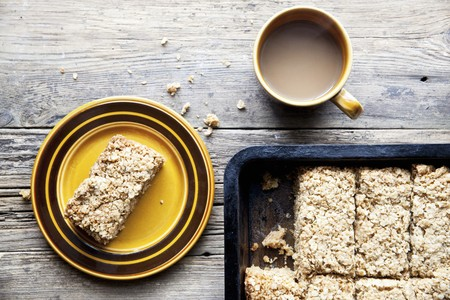 flapjacks: Homemade flapjacks with tea