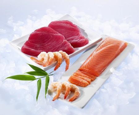 tunafish: Tuna fish fillets, salmon fillets and shrimp