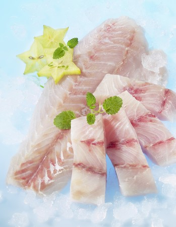fresh water fish: Fresh Victoria perch fillets with lemon balm and star fruit