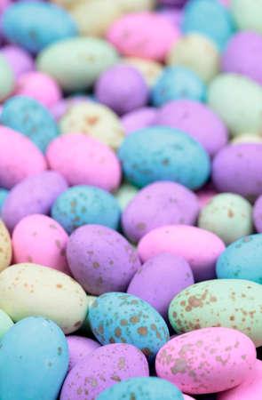 oeufs en chocolat: Brillamment ?ufs en chocolat color�s LANG_EVOIMAGES