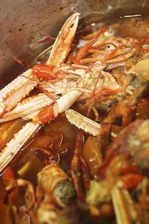 crustacean: Cooking crustacean broth