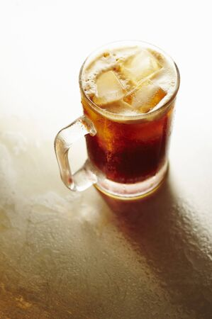 non alcoholic beer: Glass Mug of Root Beer with Ice