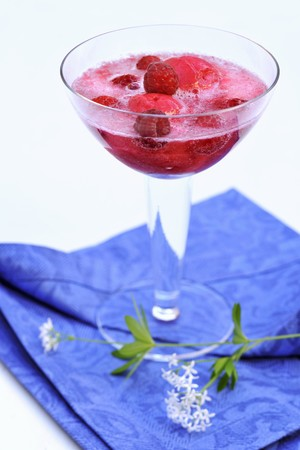 champers: Woodruff punch with raspberry sorbet LANG_EVOIMAGES