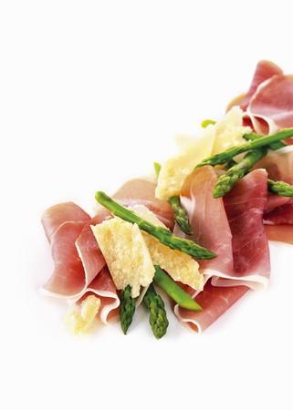 jamones: Jamón de Parma, espárragos verdes y queso parmesano LANG_EVOIMAGES