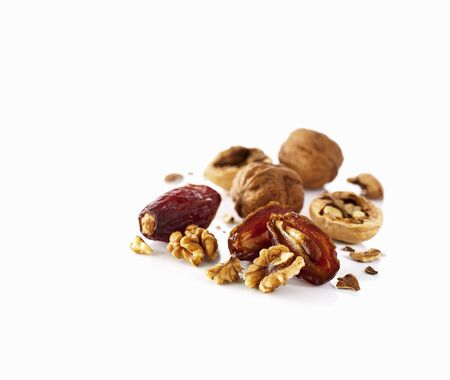 dactylifera: Dates and walnuts LANG_EVOIMAGES