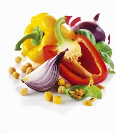 garbanzos: Todav�a del veh�culo vivir con pimienta, cebolla, garbanzos y pi�ones LANG_EVOIMAGES