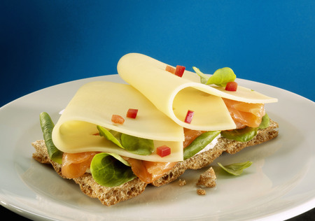 Crispbread with smoked salmon and cheese