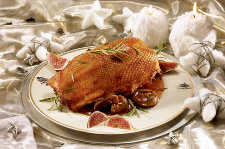 christmas goose: Christmas goose with figs and water chestnuts