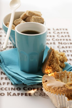 sugar cubes: Blue espresso cup, muffin and brown sugar cubes
