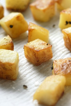 diced: Fried diced potatoes LANG_EVOIMAGES