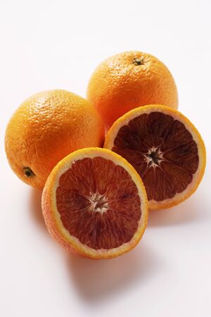 noone: Whole and half blood oranges