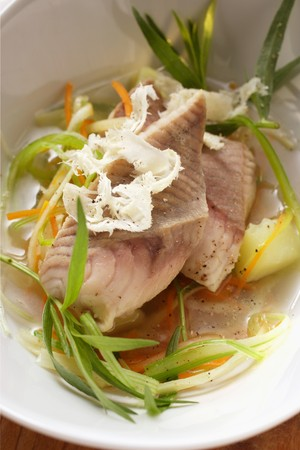 lean out: Catfish in herb stock with horseradish LANG_EVOIMAGES