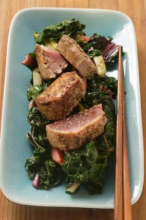 tunafish: Tuna on fried chard