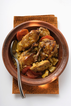 made in morocco: Chicken tajine with tomatoes (N. Africa)