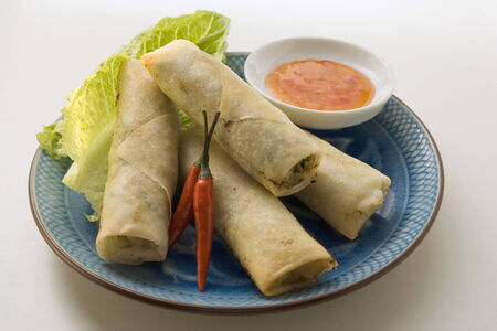 sweet course: Spring rolls with chili dip LANG_EVOIMAGES