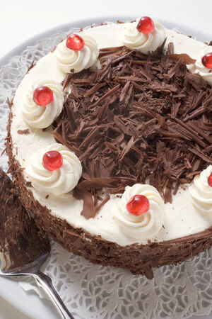 doiley: Black Forest gateau LANG_EVOIMAGES