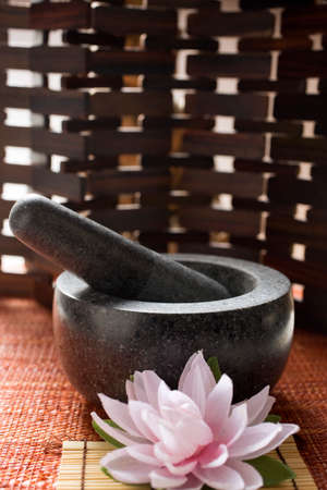 pestle: Mortar with pestle (Asia) LANG_EVOIMAGES