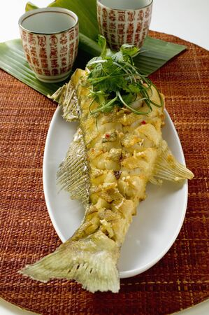 zander: Fried zander with coriander leaves LANG_EVOIMAGES
