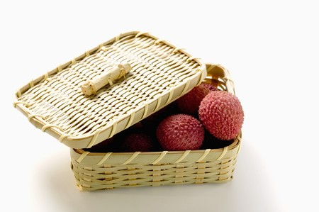 lychees: Lychees in basket