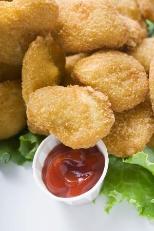 Chicken Nuggets: Nuggets de pollo con salsa de tomate