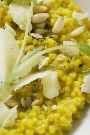 pine nuts: Risotto with sage, pine nuts and Parmesan LANG_EVOIMAGES