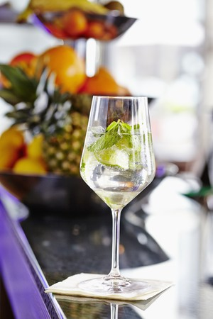 hugo: A Hugo (cocktail made from Prosecco, elderflower syrup and mint)
