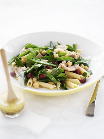 nudelsalat: A pasta salad with tuna and beans LANG_EVOIMAGES