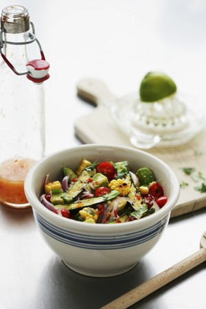 cocozelle: Courgette and sweetcorn salsa with chilli peppers