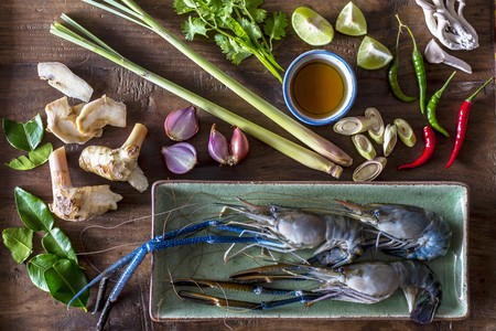 gung: Ingredients for Thai tom yum gung LANG_EVOIMAGES