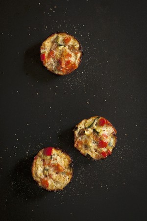 cocozelle: Mini quiches with tomato, egg and courgette