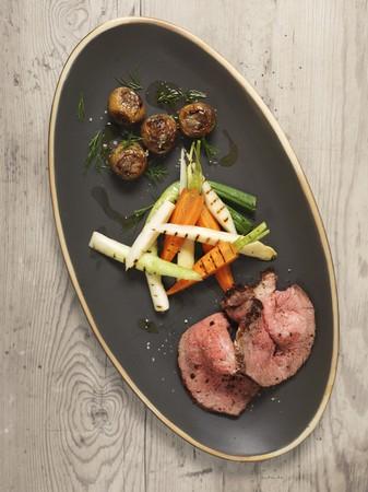 roast beef: Roast beef with vegetables LANG_EVOIMAGES