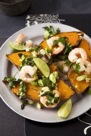 sweet potatoes: Sweet potatoes with prawns and limes