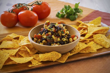zea: Corn salsa with black beans and tortilla crisps