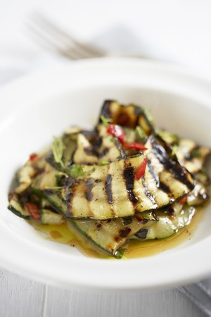 cocozelle: Marinated grilled courgettes with mint, olive oil and chillis