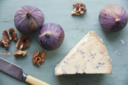 stilton: Stilton with walnuts and figs LANG_EVOIMAGES