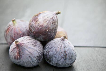 slaty: Blue figs LANG_EVOIMAGES