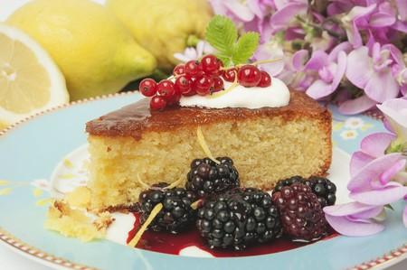 brambleberries: Lemon polenta cake