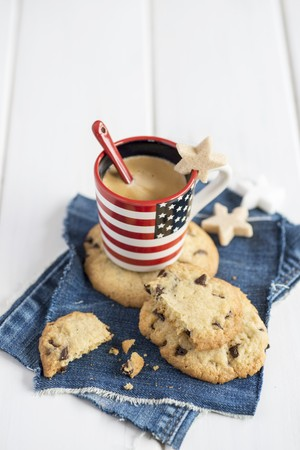 chocolate chip cookies: Chocolate chip cookies with an espresso LANG_EVOIMAGES