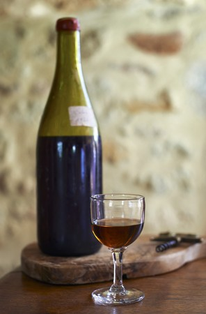 vintage: Calvados in a bottle and a glass LANG_EVOIMAGES