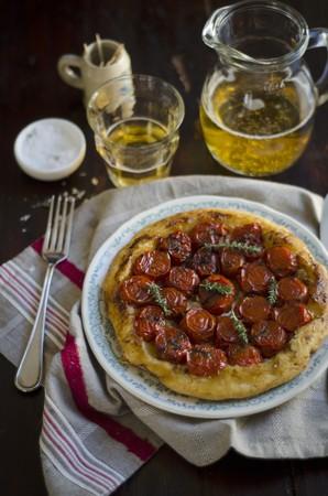 steins: Tomato tarte tatin